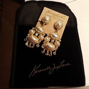 Kenneth Jay Lane Couture Coll Gold/Pearl necklace
